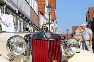 Oldtimer + Fachwerk in Celle Copyright Celle Tourismus und Marketing GmbH Fotograf Martin Zimmermann (12)