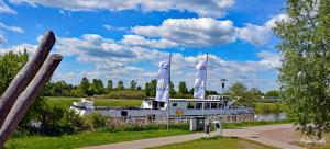 Schiffsanlegestelle an der Reeperbahn (Allerpark) in Verden/Aller. 15.05.2019