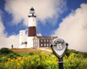Montauk Point Lighthouse © Vicki Jauron