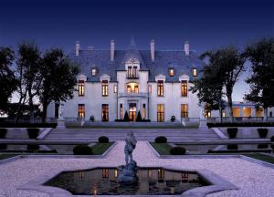 Oheka Castle -® Discover Long Island