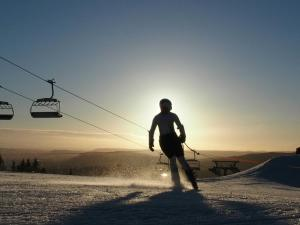 Foap-skiing-in-oslovi-3471741- Photo Foap