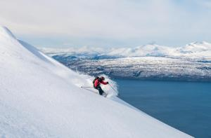 SKIING-PETE-OSWALD-NARVIKFJELLET-NORWAY-PHOTO-SOPHIE-STEVENS-02-6678889- Photo Sophie Stevens
