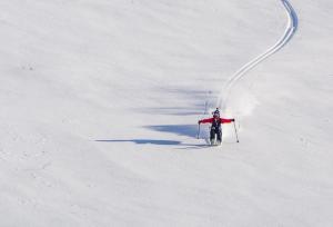SKIING-PETE-OSWALD-SENJA-NORWAY-PHOTO-SOPHIE-STEVENS-02-6678909- Photo Sophie Stevens
