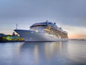 Oceania-Cruises (235)