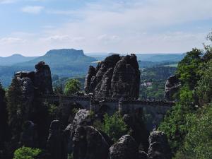 Bastei Sächsische Schweiz antonio-mendes-PnmzsQPylCk-unsplash