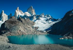Fitz Roy Los Glaciares Unsplash arto-marttinen-6Wt0kG2zK4A-unsplash