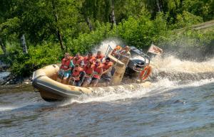 02-Serengeti-Park Splash-Safari 2