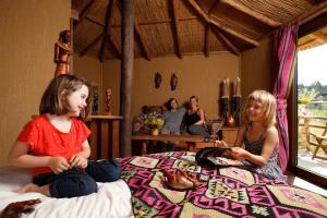 Serengeti-Park-Masai-Mara-Lodges(3)