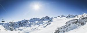 Stubaier Gletscher Andre Schönherr Königliche Fernsicht print  3