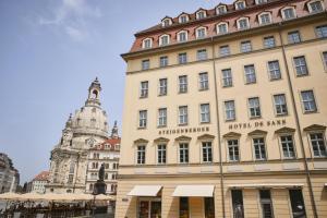 SHR Dresden DeSaxe exterior Fassade Moritzgasse