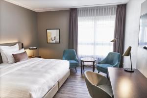 SHR Dresden DeSaxe rooms PremiumRoom innercourtyard 1