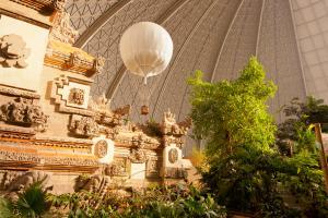 TI Bali-Gate-02