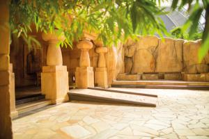 TI Spa Elephanta-Temple-04