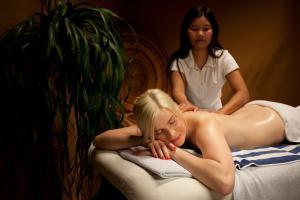 TI Spa Massage-01
