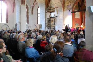 Popchor trifft Kirchenband-61