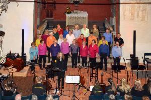 Popchor trifft Kirchenband-82