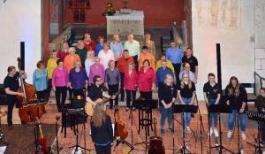 Popchor trifft Kirchenband-84